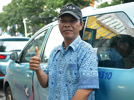 インドネシア、ジャカルタでコロナ問題をタクシー運転手にインタビュー