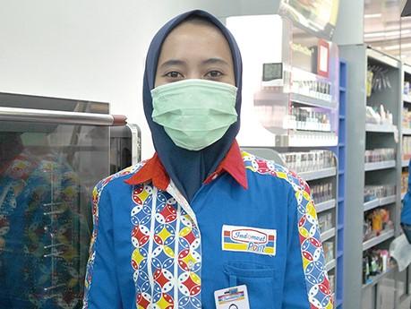 インドネシア、ジャカルタでコロナ問題をコンビニ店員にインタビュー