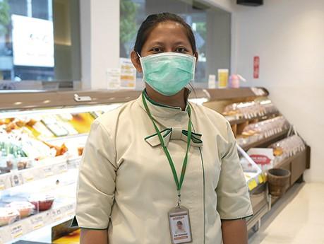 インドネシア、ジャカルタでコロナ問題をスーパーの店員にインタビュー