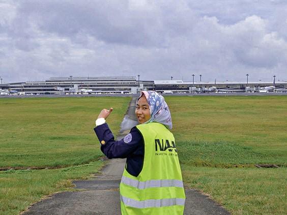 インドネシア、ジャカルタでコロナ問題を貨物輸送員にインタビュー